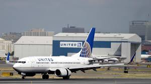 United Airlines Carry On Fee United U0027s New Tickets Ban Use Of Overhead Bins