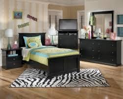 Scarface Bedroom Set Furniture Store New York Ashley Dealer Bedroom Furniture