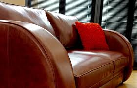 deco sofa http www thechesterfieldcompany images images l 1804