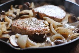 vegan mushroom gravy recipe dishmaps pork chops and mushrooms in a white wine sauce bev cooks