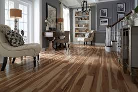 Buying Laminate Flooring Laminate Wood Flooring Buying Guide At Httpswww Youtube
