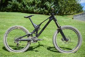 ferrari bicycle price unno u0027s showstopping carbon dh bike first ride crankworx