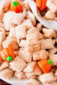 pumpkin spice puppy chow grab this easy recipe on