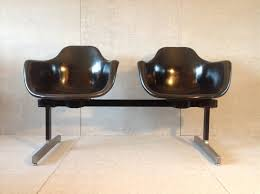 eames bench vintage eames herman miller era fiberglass shell chairs tandem