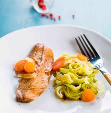 poireaux cuisine filets de harengs fumés aux oignons et carottes fondue de poireaux