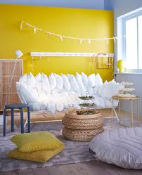 How To Throw A Party In A Small Space - looking for smart party ideas for small spaces on any budget