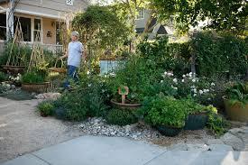 Small Urban Garden - 6 fresh ideas to makeover a small urban garden youramazingplaces com