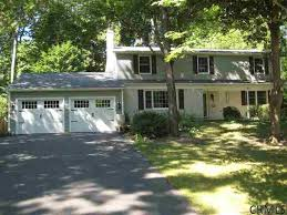 small colonial homes garage doors on colonial homes geekgorgeous com