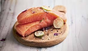 comment cuisiner du saumon surgelé 2 pavés de saumon atlantique bio surgelés les poissons crustacés