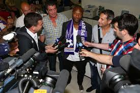 Galhsschelsea William Gallas Arrives In Perth Pics Australian Fourfourtwo