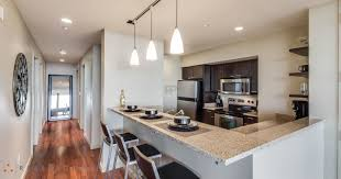 live in luxury at pointe 400 apartments in st louis mo