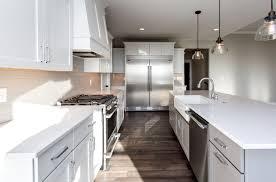 100 cloud white kitchen cabinets granite countertops