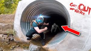 tunnel exploring the haunted tunnel the rake youtube
