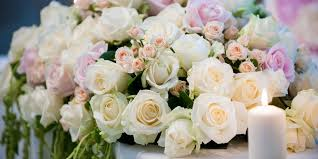 ideas for decorating an event with wholesale wedding flowers