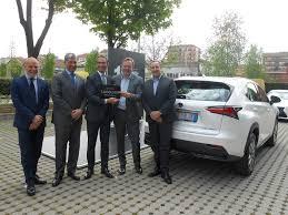 lexus uk ceo lexus celebrates one million hybrid sales autovolt magazine