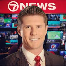 news anchor in la hair 25 local news men with great hair get good head