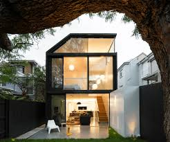 20 dramatic home exteriors proving black is the new black the