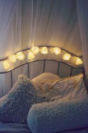 low cost flower fairy lights bedroom decor idea inspiration