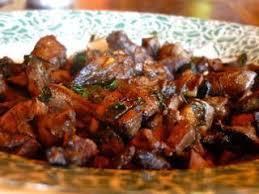 cuisiner du chevreuil au four foie de chevreuil en persillade recette ptitchef