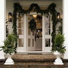 Christmas Decorations For Porch Columns by Anyone Can Decorate The Christmas Porch