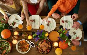 thanksgiving day cooking schedule 22 restaurants open on thanksgiving day 2016 gobankingrates