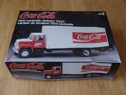 amt coca cola ford louisville delivery truck 1 25 plastic model