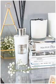 trend alert black and white home decor hedonistit black and white home decor ideas diy projects