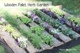 Wooden Vegetable Garden by Wooden Pallet Herb Garden Repeat Crafter Me