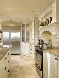 cuisine merisier atouts architecturaux cuisine bois merisier granit