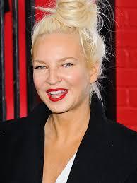 Chandelier Singer Sia Australian Pop Singer Tv Guide