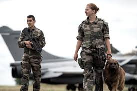 bureau de recrutement militaire devenir aviateur accueil