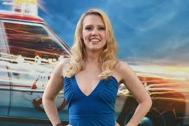Snl Do It In My Twin Bed Emmys 2016 Kate Mckinnon Wins Best Supporting Actress In A Comedy