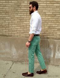 what goes with light green pants white pants 2016