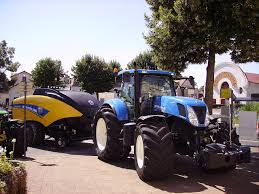 file new holland t7 250 tractor with new holland bigbaler 1290