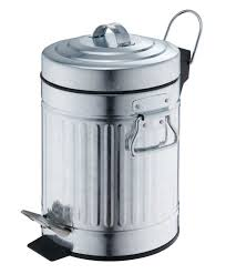 standard kitchen trash can size the best kitchen trash can the