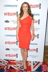 elizabeth hurley in versace at u201cthe royals u201d uk premiere tom
