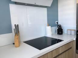 audois cuisine décoration cuisine aude 11 crédence verre blanc peintures