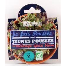 ustensile cuisine bio radis et capucine coupelle de jeunes pousse mélange épicé bio