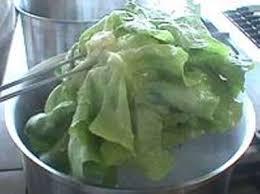 d馭inition de blanchir en cuisine parer et blanchir une laitue technique culinaire recette par