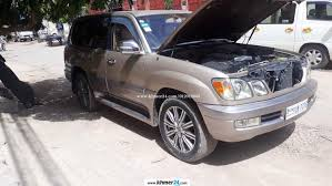 lexus lx470 tires i need to sell lexus lx470 year 1999 up 2006 gold color in phnom
