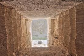 mount rushmore secret chamber there s a secret room behind mount rushmore meant for future