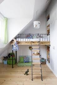 chambre sous comble aménager une chambre sous les combles 35 idées pour vous