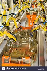 bmw factory robots automobile factory robots stock photos u0026 automobile factory robots