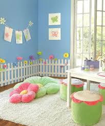 jeux de décoration de chambre de bébé how to create the playroom le chambre de et les