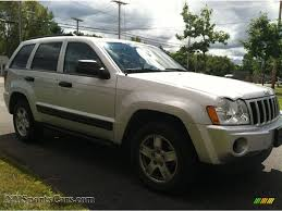 silver jeep grand cherokee 2006 2006 jeep grand cherokee laredo 4x4 in bright silver metallic