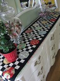 how to make table runner at home 110 best quilted table runners images on pinterest quilting