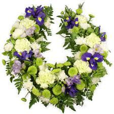 horseshoe wreath horseshoe wreath tropicana florist in leicester flowers in