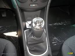 2013 hyundai accent se 5 door 6 speed manual transmission photo