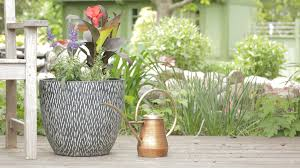 Flower Pot Arrangements For The Patio A Gallery Of Beautiful Container Garden Ideas