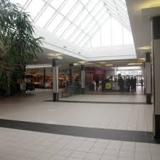 parkway mall 17 reviews shopping centres 85 ellesmere road
